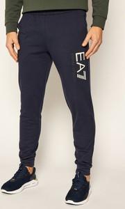 Spodnie sportowe Emporio Armani w sportowym stylu