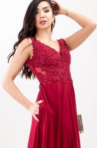 Sukienka Butik Ecru z dekoltem w kształcie litery v maxi rozkloszowana