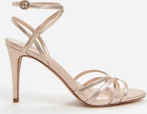 Sandały Reserved na szpilce ze skóry