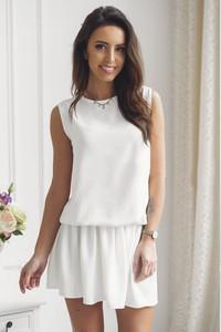 Sukienka Tcl z okrągłym dekoltem w stylu casual bez rękawów
