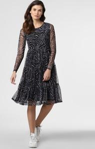 Czarna sukienka Vila midi w stylu casual rozkloszowana