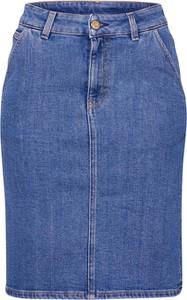 Niebieska spódnica Filippa K midi z jeansu w stylu casual