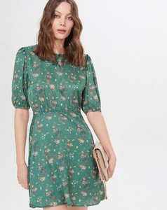 Zielona sukienka Mohito w stylu casual z okrągłym dekoltem