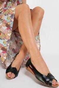 Czarne baleriny Renee z płaską podeszwą w stylu casual