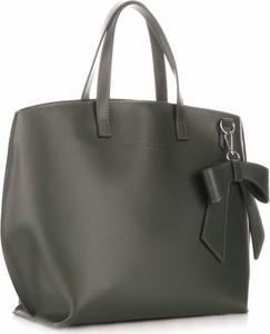 Zielona torebka torbs