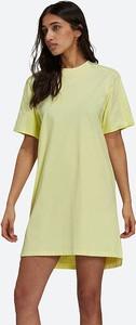 Żółta sukienka Adidas Originals mini w sportowym stylu