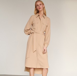 Sukienka Reserved w stylu casual szmizjerka
