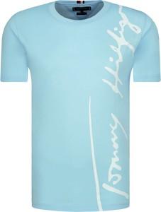 T-shirt Tommy Hilfiger z krótkim rękawem w młodzieżowym stylu