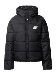 Czarna kurtka Nike z kapturem krótka