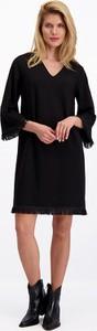 Czarna sukienka Lavard z długim rękawem mini