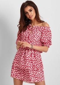 Czerwona sukienka Ivon hiszpanka w stylu casual mini