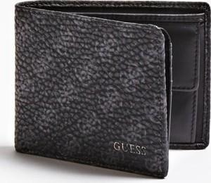 9f88077b3cf0e Czarny portfel męski Guess