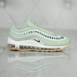 Miętowe buty sportowe Nike sznurowane z płaską podeszwą
