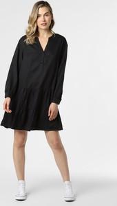 Czarna sukienka comma, w stylu casual mini z dekoltem w kształcie litery v