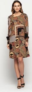 Sukienka Bialcon z długim rękawem