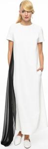 Aneta kręglicka x l'af biała sukienka ze zwiewną czarną falbaną ak classic 5