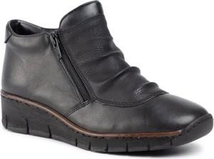 Czarne botki Rieker w stylu casual