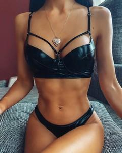 Czarny strój kąpielowy Kendallme