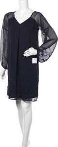 Sukienka Jobis mini z dekoltem w kształcie litery v prosta
