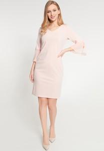 Różowa sukienka QUIOSQUE mini z długim rękawem