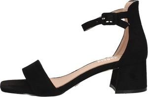 Czarne sandały Gold & Gold z klamrami