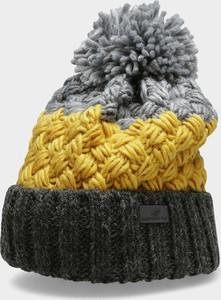 Bordowa czapka 4F