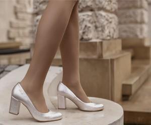 Czółenka Zapato w stylu klasycznym ze skóry