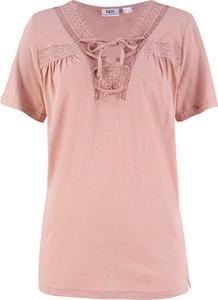 Różowy t-shirt bonprix bpc bonprix collection w stylu casual z krótkim rękawem