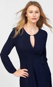 Granatowa sukienka ORSAY w stylu casual