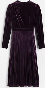 Fioletowa sukienka Reserved z długim rękawem