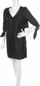 Sukienka N12h z długim rękawem w stylu casual