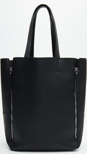 Czarna torebka Cropp