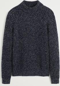 Granatowy sweter Mango Man z dzianiny