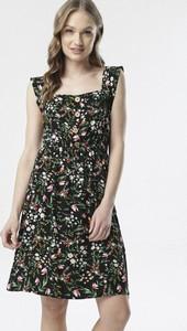 Sukienka born2be bez rękawów trapezowa mini