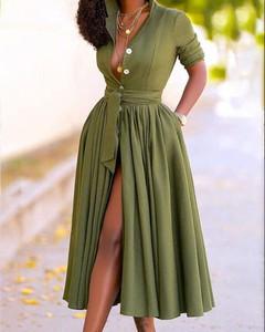 Sukienka Kendallme z krótkim rękawem szmizjerka z dekoltem w kształcie litery v