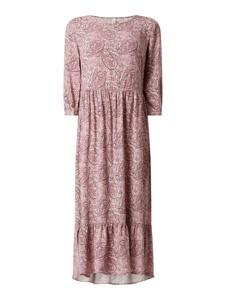 Różowa sukienka Soyaconcept maxi z okrągłym dekoltem z długim rękawem