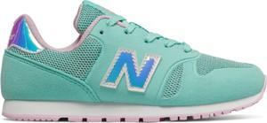 Miętowe buty sportowe dziecięce New Balance sznurowane z zamszu