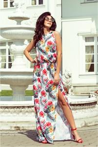 Sukienka NUMOCO bez rękawów z okrągłym dekoltem