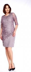 c2e17fa236 Sukienka Roxana asymetryczna z okrągłym dekoltem midi