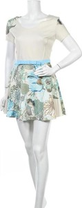 Sukienka Imperial mini z okrągłym dekoltem z krótkim rękawem