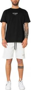 Czarny dres Hydra Clothing w sportowym stylu