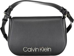 Torebka Calvin Klein ze skóry w stylu casual na ramię