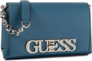 Niebieska torebka Guess z aplikacjami na ramię zdobiona