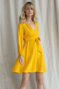 Sukienka bynamesakke mini