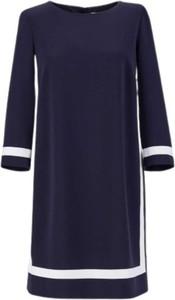 Niebieska sukienka MaxMara w stylu casual z długim rękawem z okrągłym dekoltem