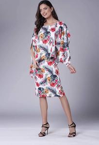 Sukienka Nommo dopasowana z okrągłym dekoltem midi