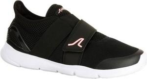 Czarne buty sportowe newfeel w sportowym stylu