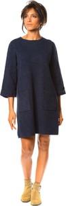 Sukienka So Cachemire z kaszmiru z długim rękawem w stylu casual