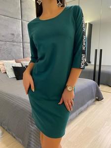 Sukienka ModnaKiecka.pl sportowa z długim rękawem w stylu casual
