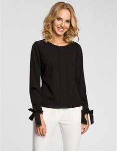 Czarna bluzka MOE z okrągłym dekoltem z długim rękawem